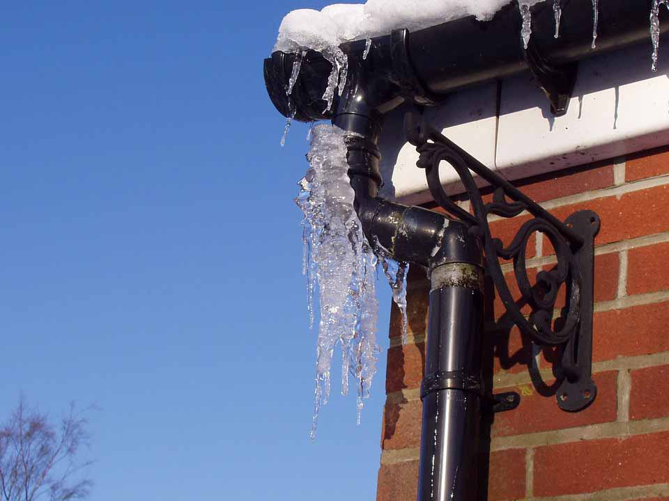winter plumbing myths
