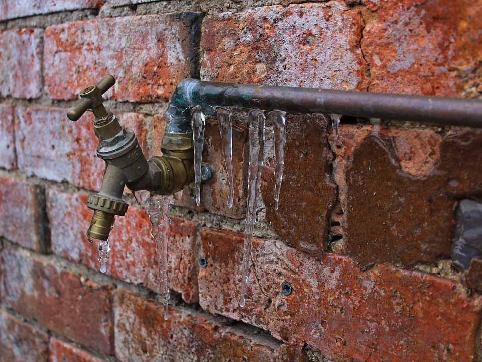 keep your pipes from freezing and bursting